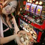 パチンコ業界年間売り上げは23兆円?外国人『合法カジノの4倍じゃねえか』