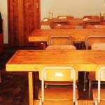 小学校で『防災頭巾』を机の下に置く習慣は全国共通では無かったことが判明
