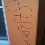 やんちゃな子供の落書きを『神改善』で美しい装飾に!これで子供には怒れない