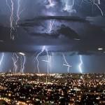 まさに神の裁き!マイアミの雷が「ギガデイン」すぎると話題に