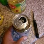 ノンアルコールビールを開けたら謎の物体が出てきたと話題に