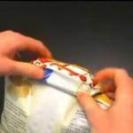 これは便利!ポテトの袋をクリップ使わず締める方法
