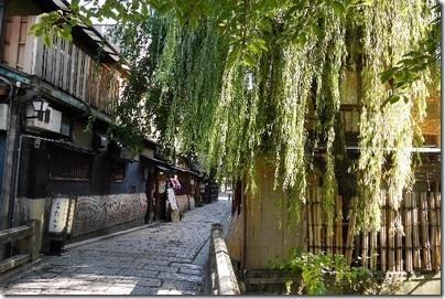 世界遺産古都京都文化財へのアクセス方法やグルメスポットは?