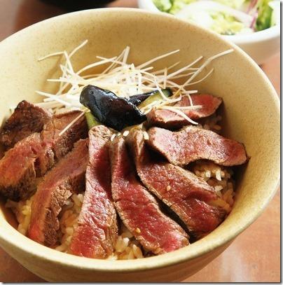 熊本阿蘇いまきん食堂のあか牛丼が絶品!とんねるずも絶賛! thumb12